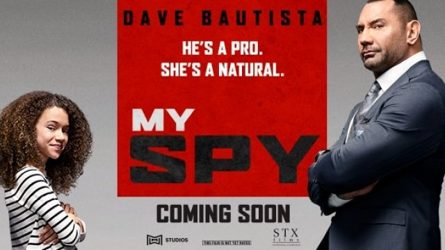 He's old-school, she's still in school. Dave Bautista (Batista) plays JJ in #MySpyMovie (16/4)